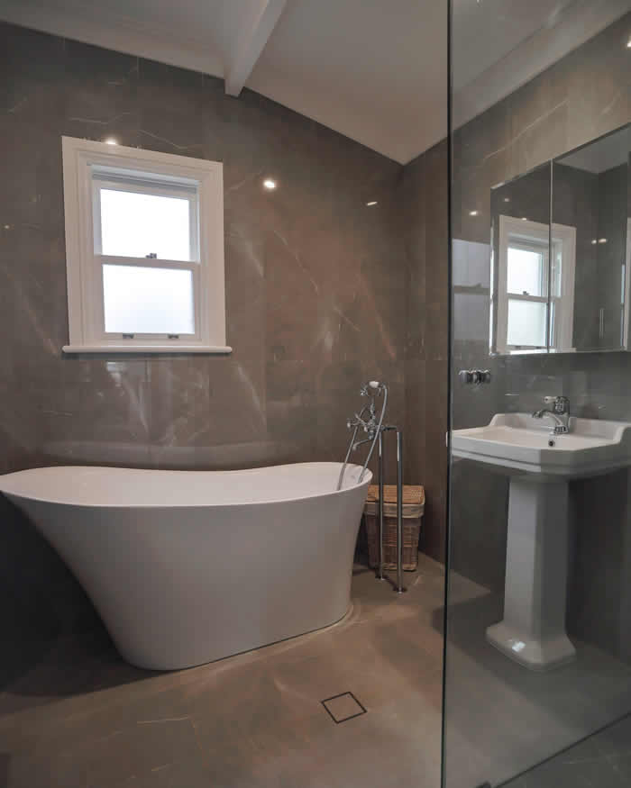Bathroom in Renovated cottage - Exeter NSW